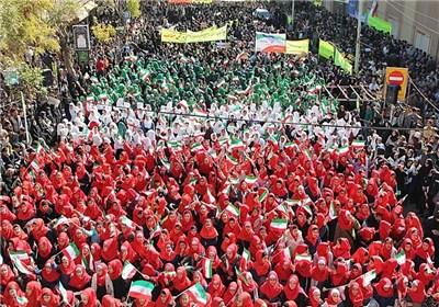 حضور ۲۰۰ هزار دانشآموز سراسر کشور در مراسم روز ۱۳ آبان