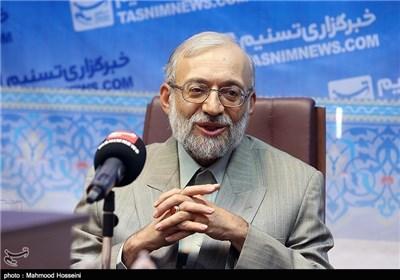 نظر لاریجانی درباره فیسبوک و توئیتر