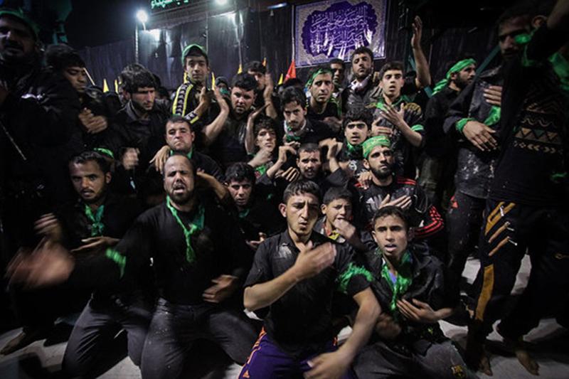 تجمع هزاران نفری عزاداران امام حسین (ع) در حرم شاهچراغ