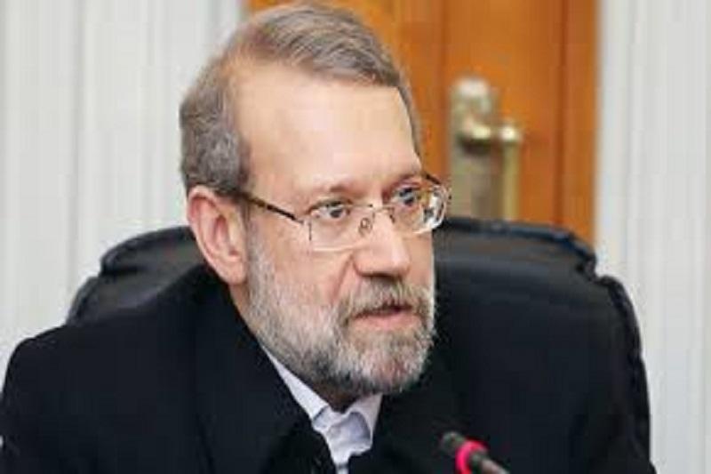 عکس/ دستخط و امضای علی لاریجانی