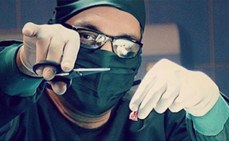 تلویزیون از رسانه ملی به تریبون دولت تبدیل میشود؟/ بر سر «اتاق عمل» مهران مدیری چه آمد؟/ تلویزیون از انتقاد به وزارت بهداشت عقب کشید