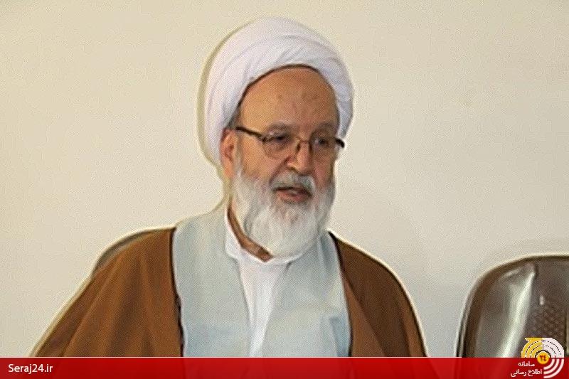 روزی که امام تکلیف مردم را با نظام مشخص می کند/یک پاسبان مجلس ختم آیت الله حائری (ره) را به هم زد