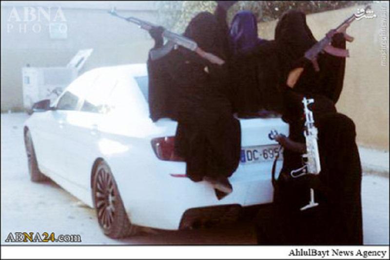"""عکس یادگاری زنان داعش با""""BMW"""""""