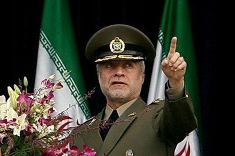 نظام استکبار با فریبهای خود جهان اسلام را گرفتار کرده است