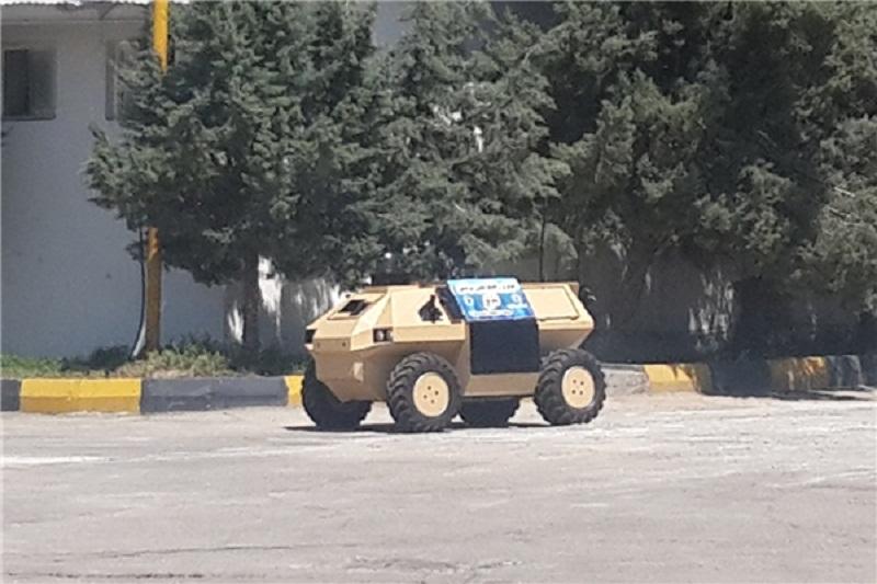 5 دستاورد جدید نیروی زمینی ارتش رونمایی شد/ ویژگی ها و تصویر ربات موشک انداز «نذیر»