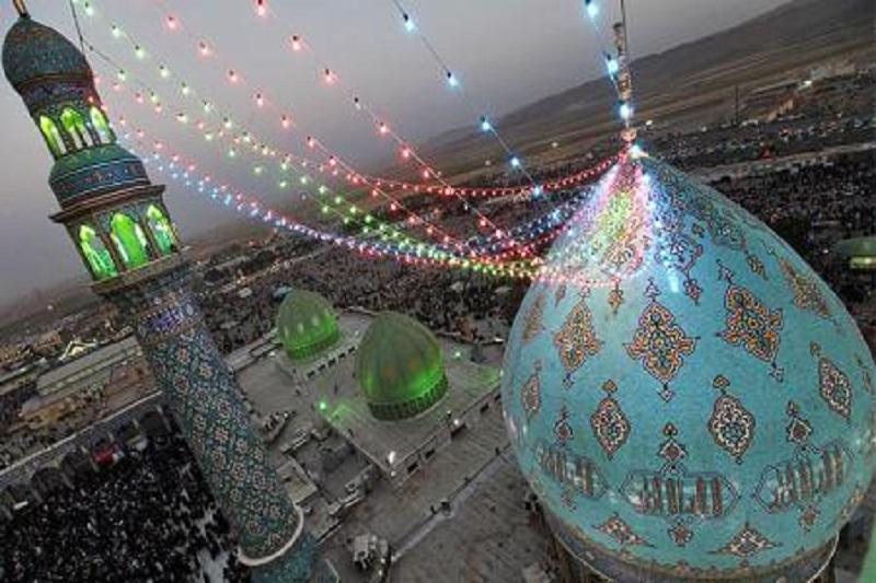 برگزاری مراسم احیای نیمهشعبان در شیراز