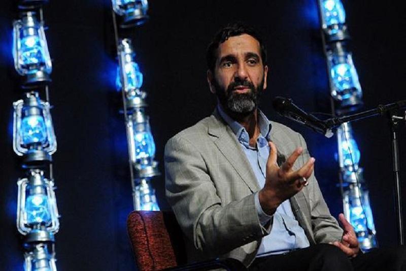 مسیر بیآرمی و با آرمانی «احمدی سخا» را ادامه دهیم