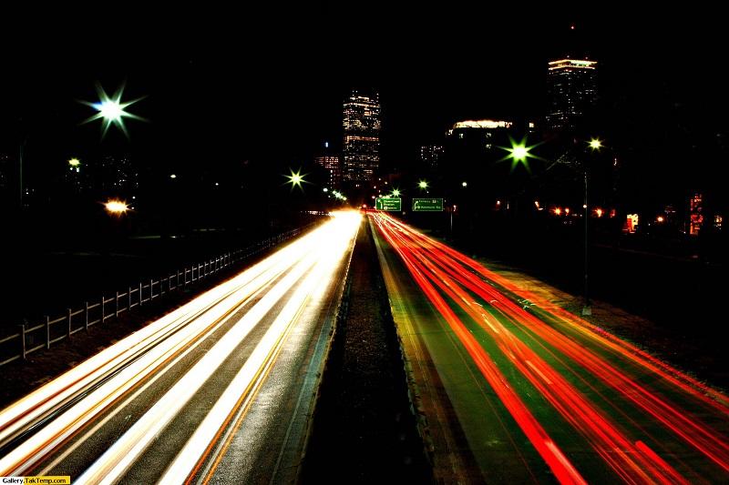بزرگراههایی با قابلیت شارژ خودروهای هیبریدی